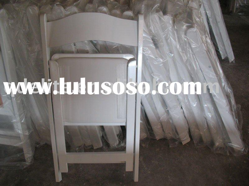 White Folding wood chair