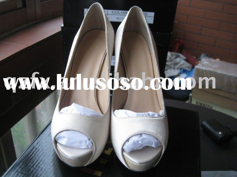Ivory Satin shoes, Bridal  high heel shoes ( red sole /beige sole)