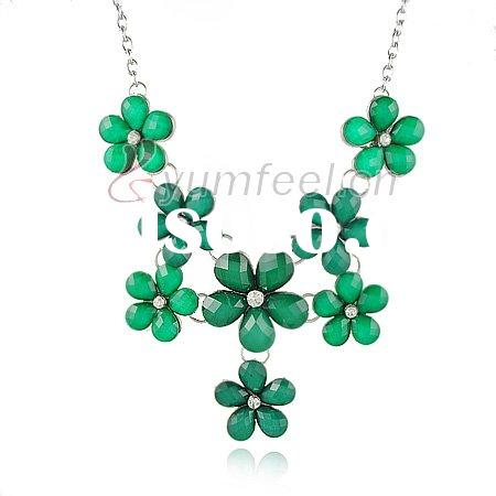 2011 new fashion flower necklace