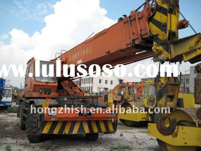 used rough terrain crane of Kato 25tons in low price