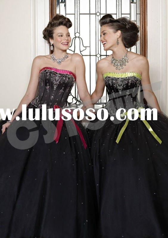 A line Strapless Floor Length Black Tulle Ball Gown Prom Dress With Beadings