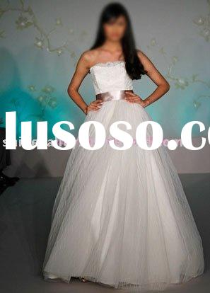 2059 Strapless lace bodice with satin ribbon tulle bridal ball gown