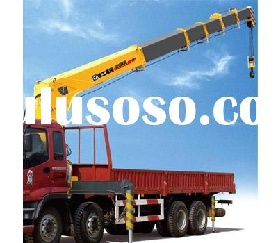 XCMG 16t hydraulic telescoping mobile crane boom