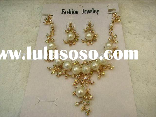 Hot style Fashion design crystal pearl India alloy necklace earring jewelry set