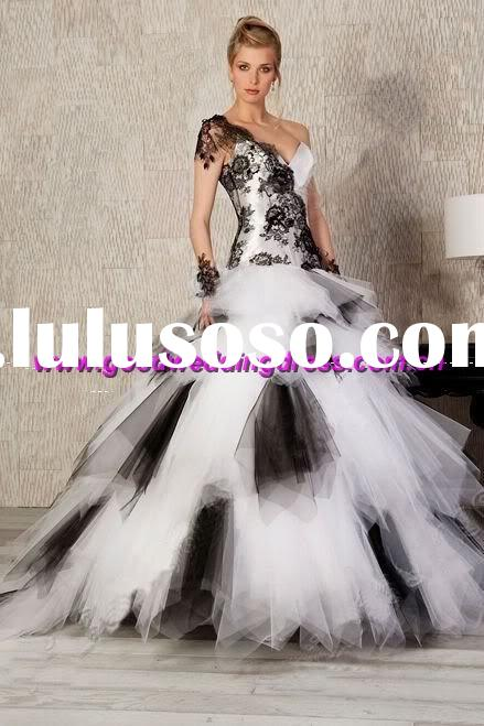 New style Black lace wedding dress