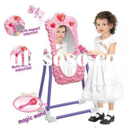 Christmas gift set & Plastic Toy Dresser/Mirror Table toy