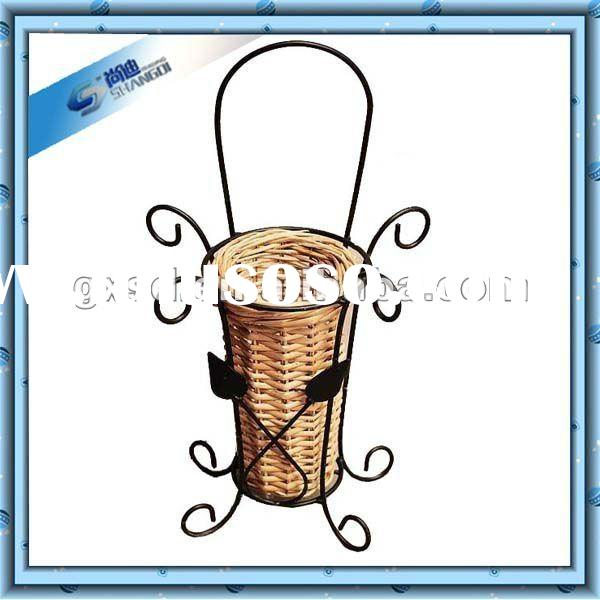 Garden and home decorative wire flower basket stand