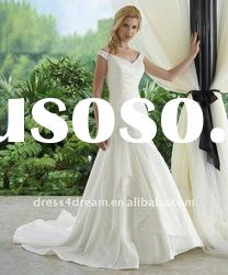 Front short and long back wedding dress 2011 in lebanon with lace