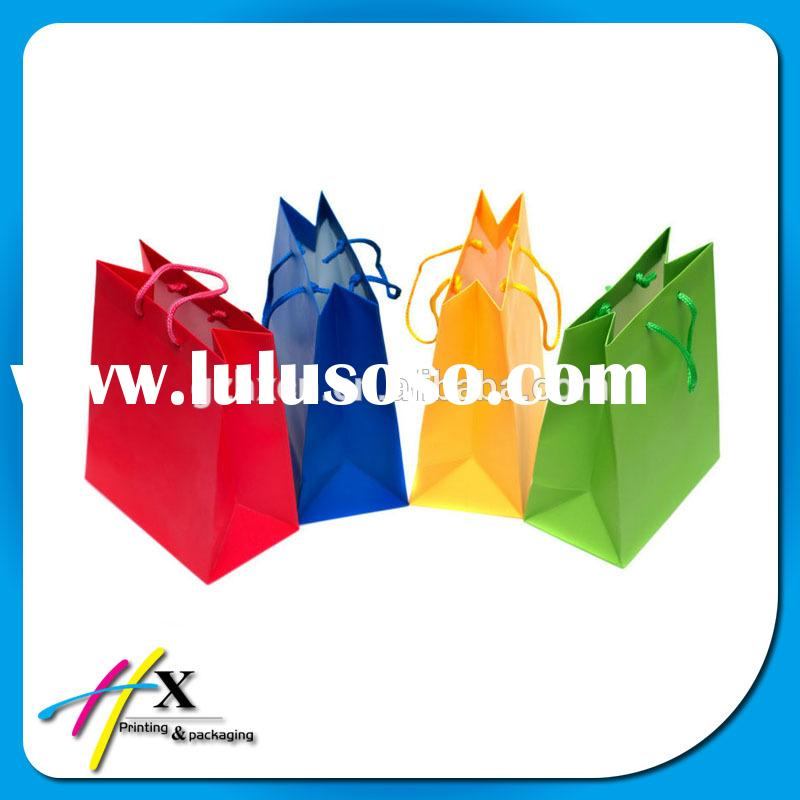 Guangzhou Custom Color Small Paper Gift Bags with PP Rope